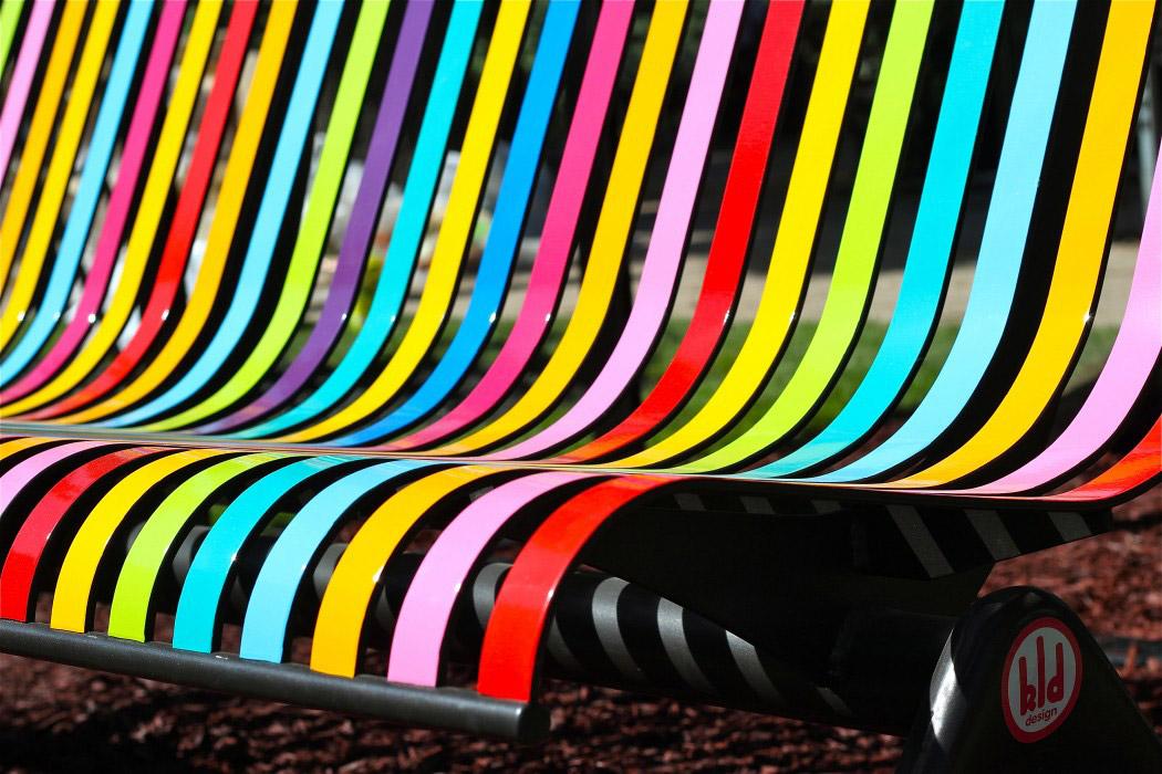 bancs-de-couleurs-1050x7001